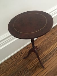 Plant stand corner table