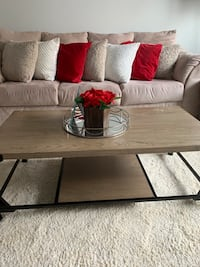 Coffee table and side tables  Columbia, 21044