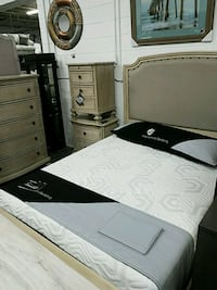 white and black bed mattress Bowie, 20720