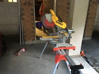 "Dewalt 12"" dual bevel miter saw with stand and a new diablo blade. Richmond Hill"