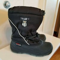 THINSULATE....... boy size  4 Laval, H7S 1L4