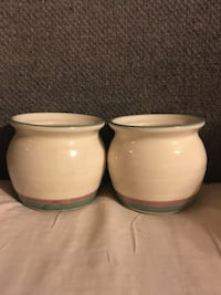 Pair of mini ceramic pots  Gaithersburg