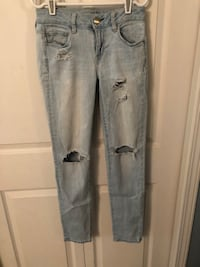 american eagle ripped jeans Surrey, V4N 3H9