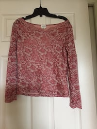 red and black floral long-sleeved shirt Port Coquitlam, V3C 1R8