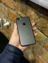 iPhone 7 32 GB Mat Siyah 8872 km