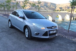 2011 Ford Focus 1.6I 125PS STYLE ec616423-22ce-4884-a101-0b9779f91796