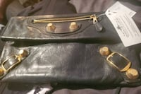 Balenciaga giant 21 rose gold clutch Surrey, V3V 5C9