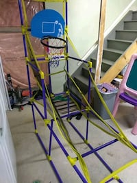 Child's toy basketball game