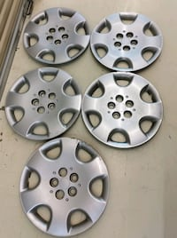 Chrysler wheel covers