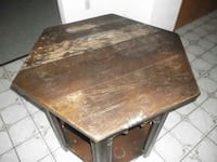 Early 1900's Antique Accent Table Latrobe, 15650