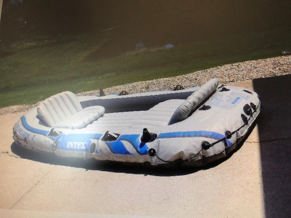 4 Person Inflatable Raft