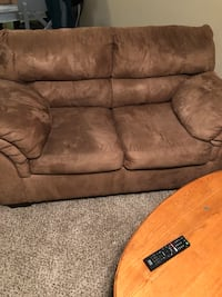 brown suede 2-seat sofa Nashville, 37013