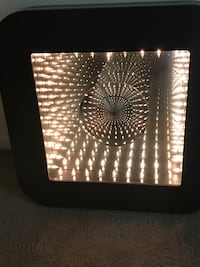 Collectible infinity light tunnel mirror 2000 signed by Doug durkee Gaithersburg, 20877