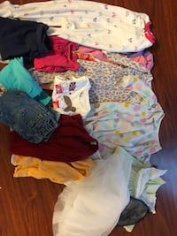 Lot of 15 clothes Size 24 months girl clothes take all for $15 San Antonio, 78259