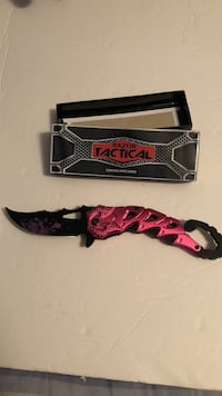 New Pink Razor Tactical Packet Knife Neenah, 54956