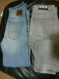 Mens jeans si2e 32 2 pair for 25