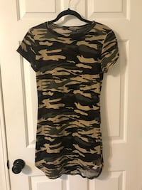 black and green camouflage crew-neck shirt Myrtle Beach, 29575