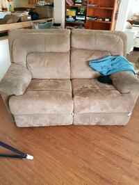Recliner couch  Armstrong, V0E 1B6