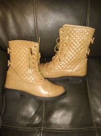 Womens boots size 7 free