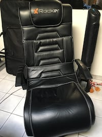 X Rocker Pro Series Pedestal Video Gaming Chair, Wireless, Black $175 or best offer Toronto, M6E 2G9