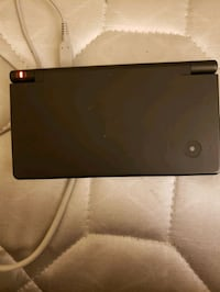 DSi with 10 games and case Saint Leonard, 20685
