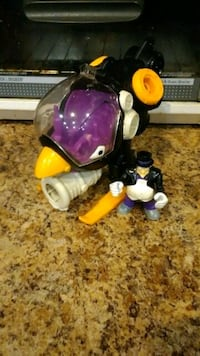 Imaginext penguin and vehicle