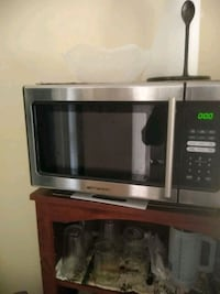 stainless steel and black microwave oven Fort Lauderdale, 33305