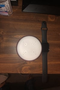 A good condition Eco Dot and series 4apple watch.