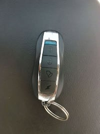 Universal remote for all vehicles. Toronto, M3M
