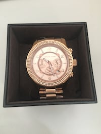 round gold Michael Kors chronograph watch with link bracelet Vaughan, L4H 3K2