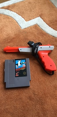 Duck Hunt Game and Blaster Washington, 20008
