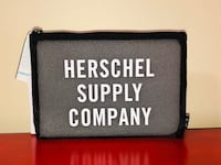 Herschel Supply Network Pouch Brand New With Tags Toronto, M6C 2L7