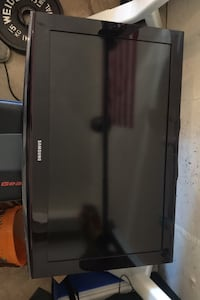 "28"" Samsung TV Fairfax, 22033"