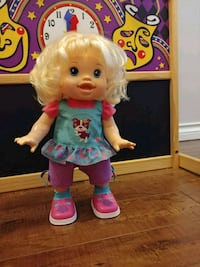 Baby alive doll baby wanna walk Surrey, V3S
