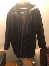 Leather jacket lined with pockets excellent condition large size collar optional as it comes off  Burnaby, V5E