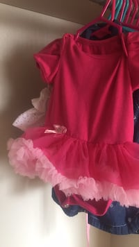 3-6 month dresses and onesies!!!!  Killeen