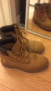 pair of brown Timberland work boots Toronto, M3J 0G2