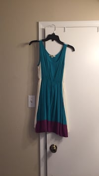 Real, ivory, and purple sleeveless dress Arlington, 76016