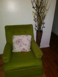 green and white floral sofa chair Alexandria, 22309