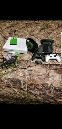 Xbox 1s with extras Pickens, 29671