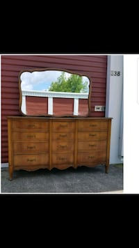 Vintage Dixie Dresser With Mirror ( Solid Wood )  Magnolia, 77355