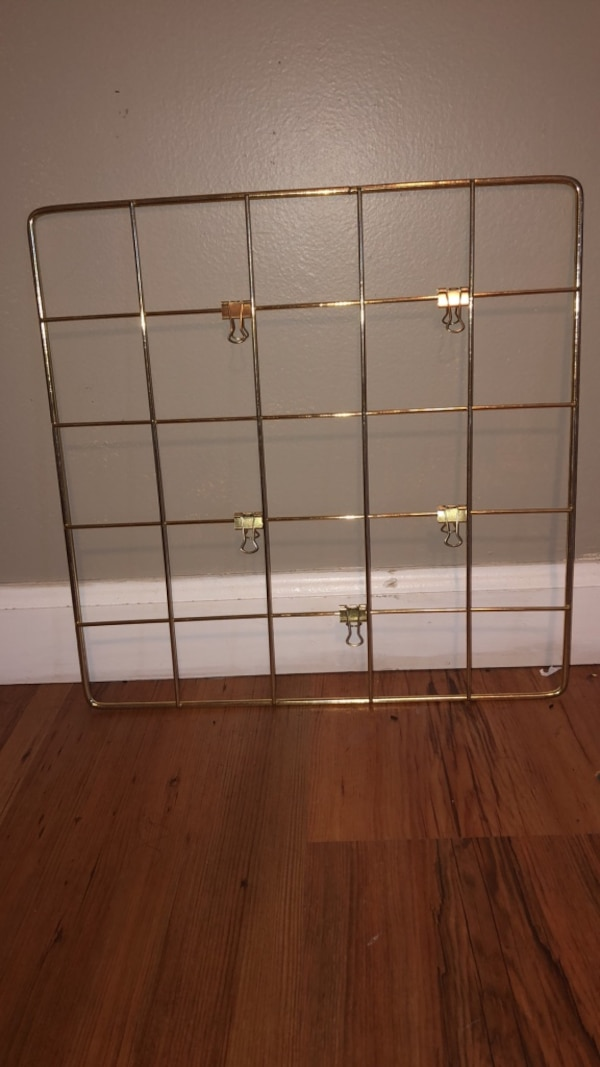 Gold Grid Wall Hanging  d7cb8b37-aac7-4613-a77a-a5ae6662353e