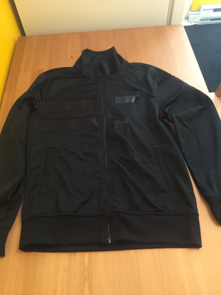 black zip jacket