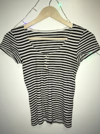 Black and white stripe scoop neck shirt Syracuse, 13210