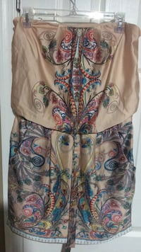 Strapless dress size 6  Harpers Ferry, 25425