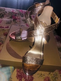 Gold Heels size 7