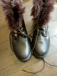 pair of brown leather winter boots Mississauga, L5L 1S5