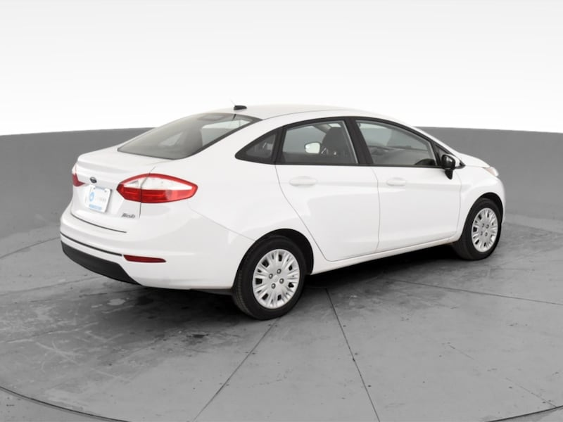 2017 Ford Fiesta sedan S Sedan 4D White <br /> 10
