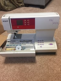 Pfaff 2022 Lifestyle Seeing Machine Woodbridge, 22192