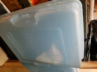 4 Storage bins/ see through Simcoe County